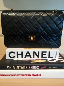 a55fcb3b5599 The research, conducted by experts at vintage handbag authority Baghunter,  found that in the last six years alone, the value of Chanel bags had  increased by ...
